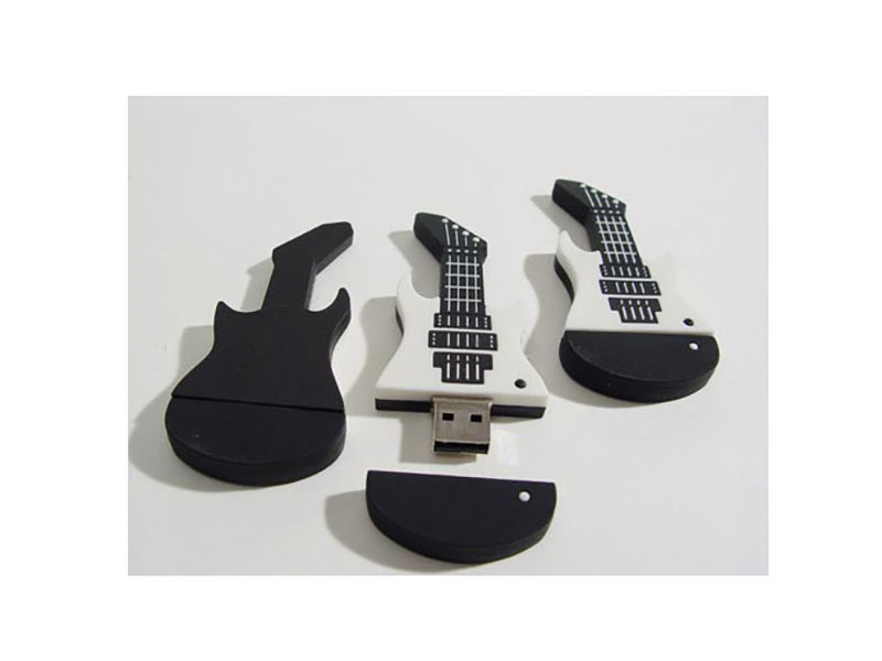 usb sticks 18 guitar 01
